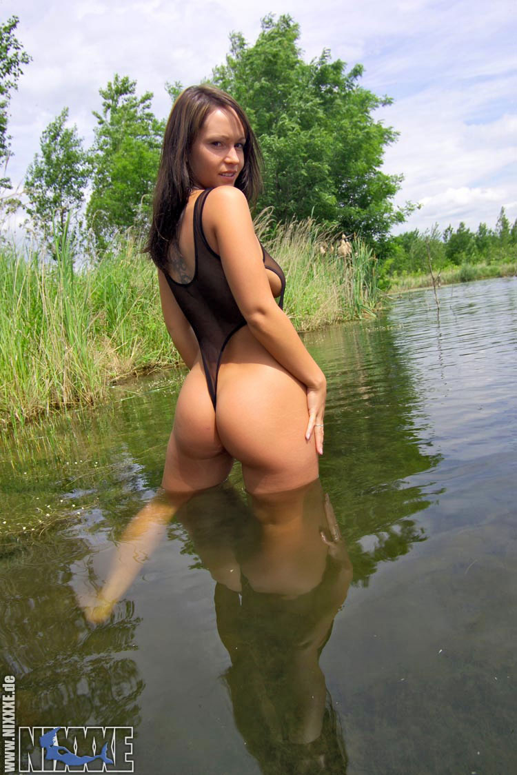 saxini bikini free sex videos trelldom
